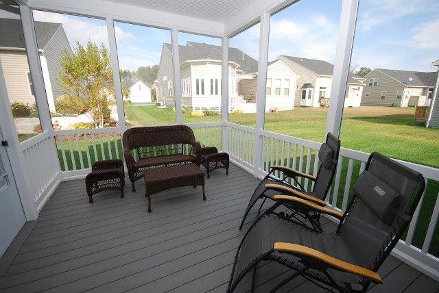 Porch - 37533 Worcester Dr