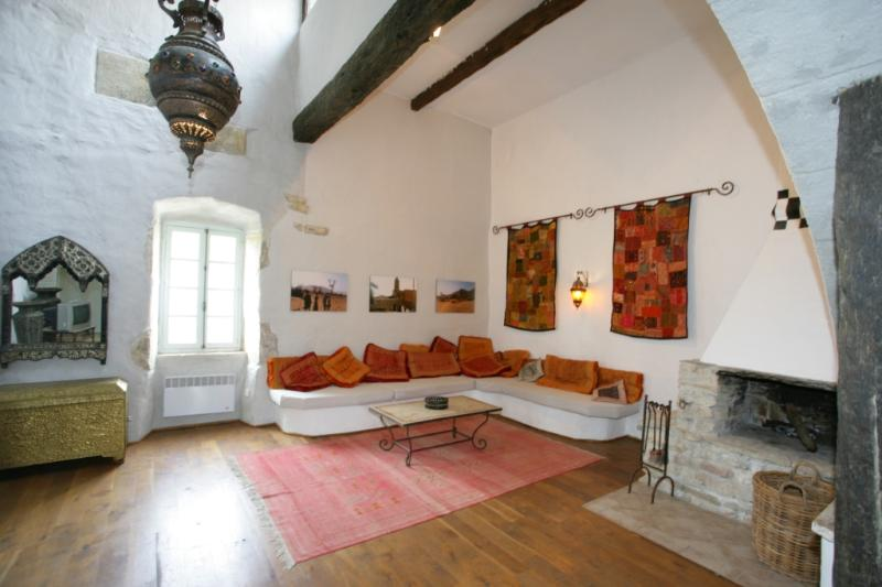 Marrocan inspired living with 6m high ceilings