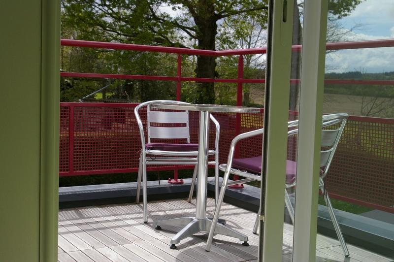 la terrasse de l'étage vue du lit