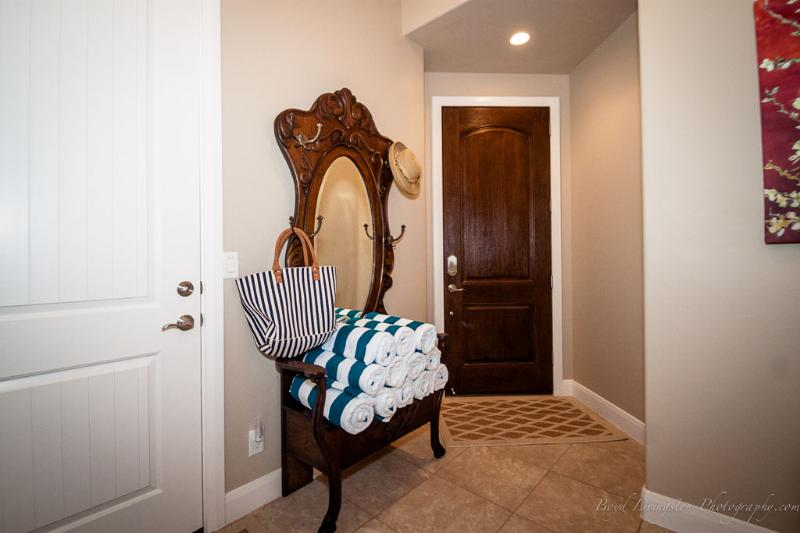 Entry way with beach towels
