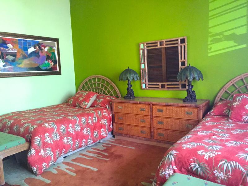 Two FULL Size beds in second bedroom- en-suite