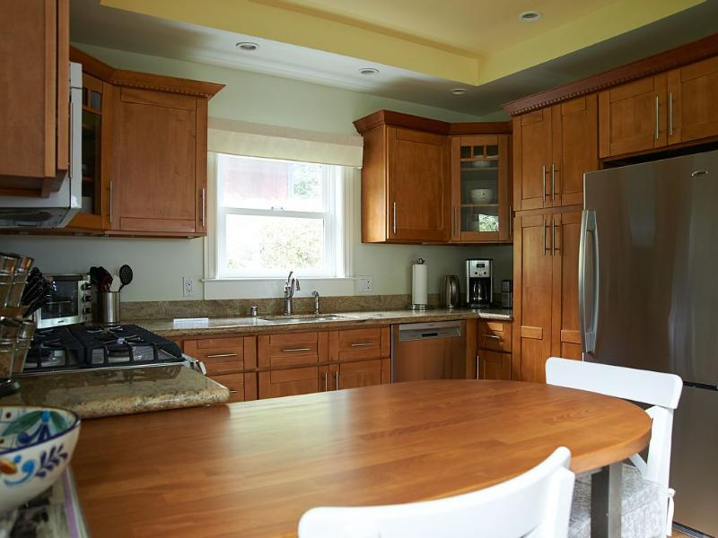 Kitchen and dining counter.