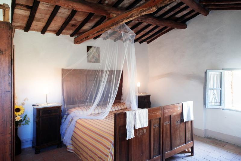 Kingbedroom