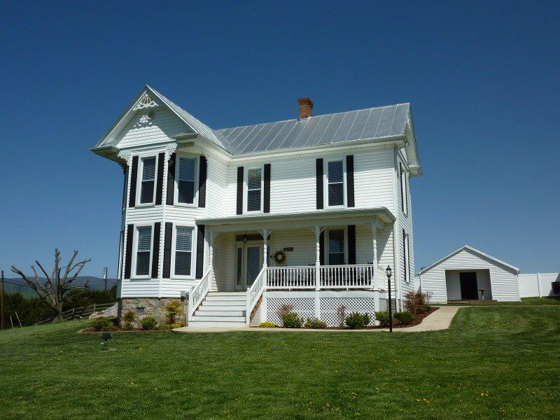 A Awesome Shenandoah Valley View, holiday rental in Stanardsville
