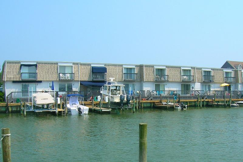 Dock,Landing,Pier,Boat,Tugboat