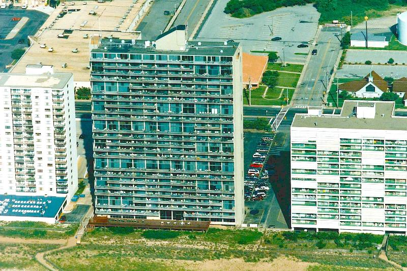 Carretera, Edificio, Campo, Vista aérea, Centro de la ciudad