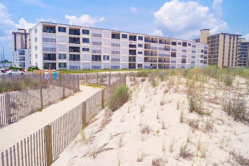 Edificio, de gran altura, Boardwalk, cubierta, trayectoria