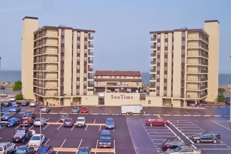 Edificio, Ciudad, High Rise, Estacionamiento, Estacionamiento