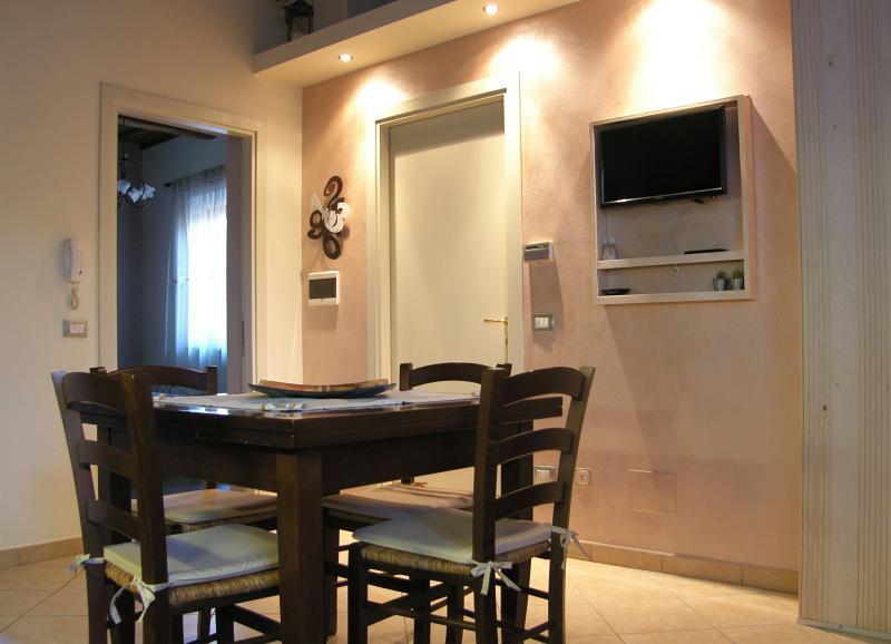 Tognazzi Casa Vacanze - Appartamento La Rosa, vacation rental in Certaldo