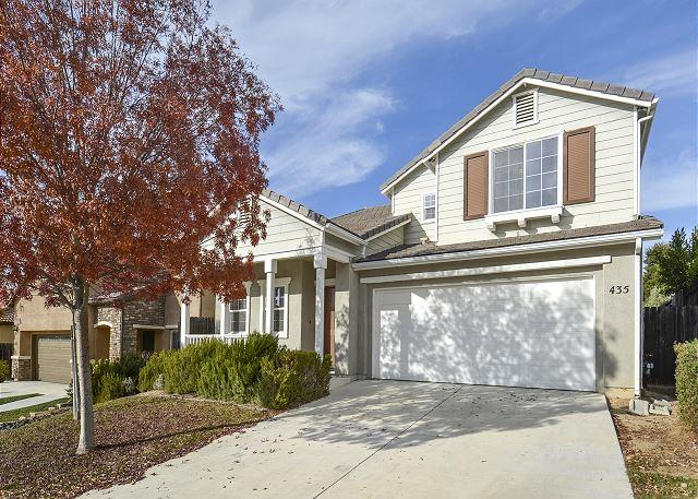 Sunset Summit--Spicy Wine Country Retreat!, holiday rental in Paso Robles