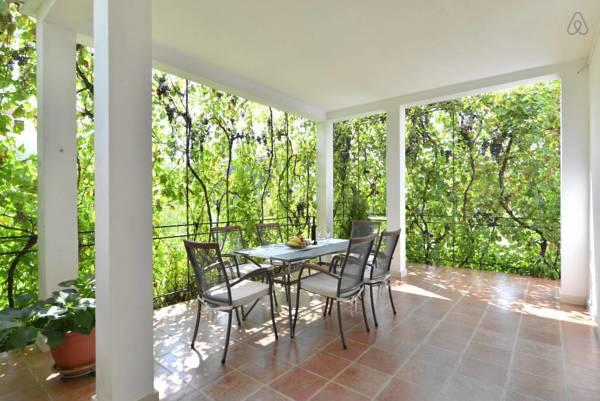 Huge terrace-34m2. It is surrounded by  garden and greenery. (Lunch area+relaxing seating area)