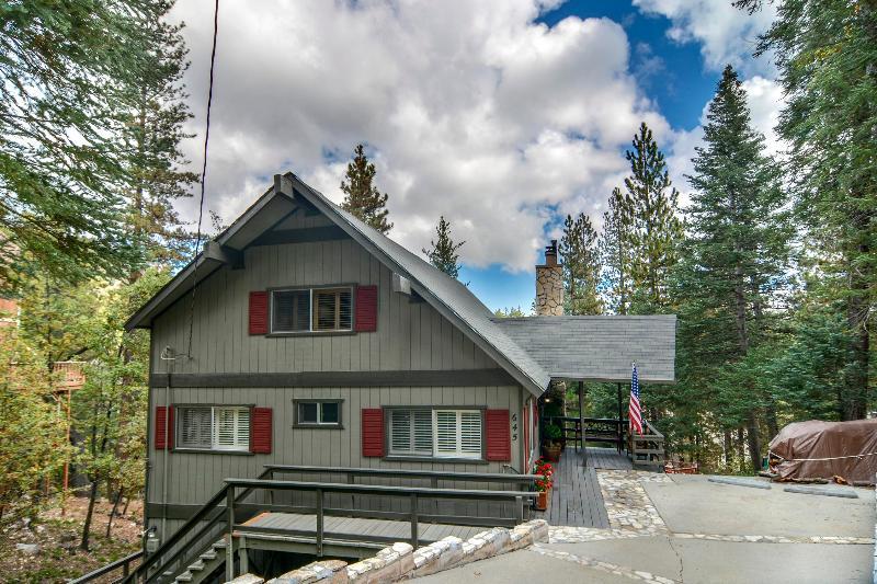 View of Bear Creek Inn from the street