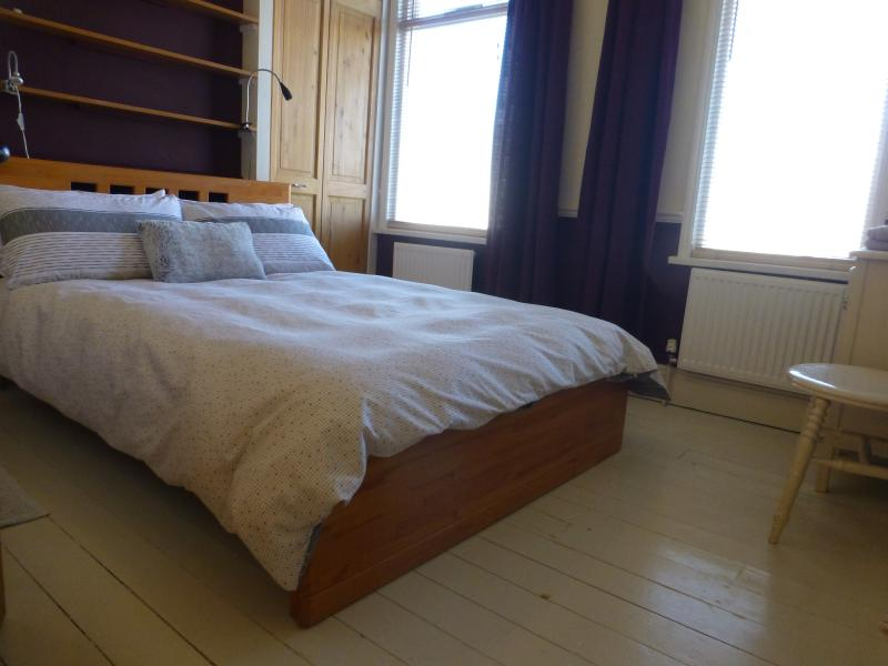 Light & airy guest room with supremely comfortable double bed