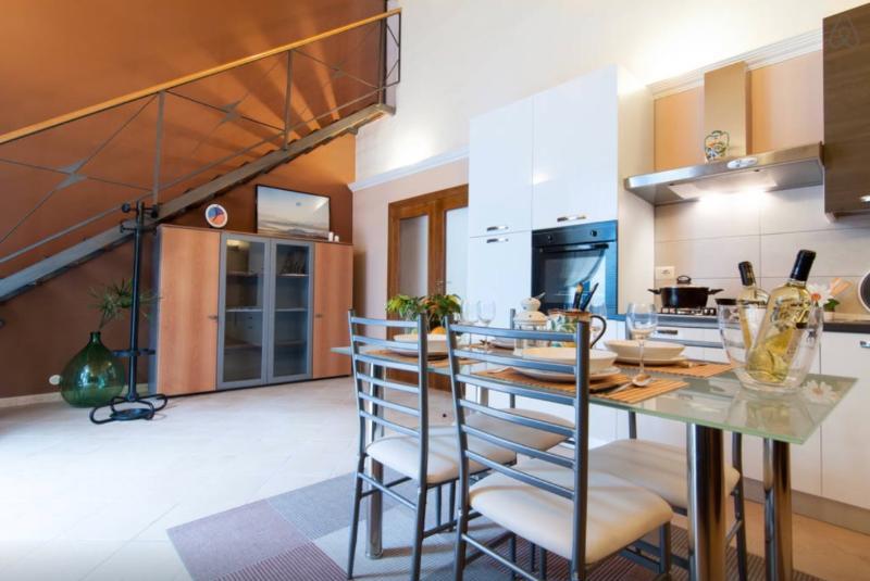 Living & Kitchen