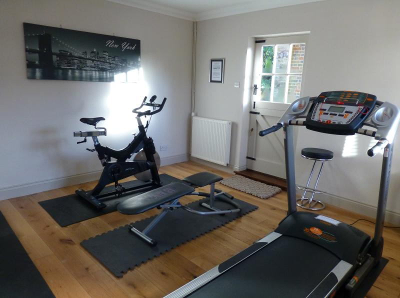 Shared use of fitness room for those energetic guests!