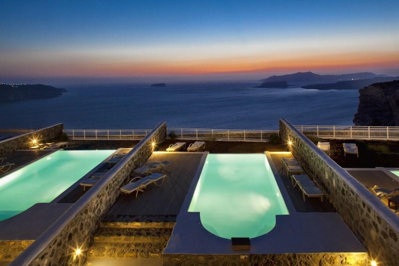 BlueVillas | Villa TH Retreat | 7 Private pools with unlimited sea view, location de vacances à Megalochori