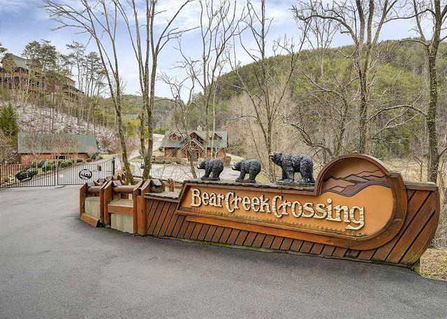 Bear Creek Crossings Entrance - Winter