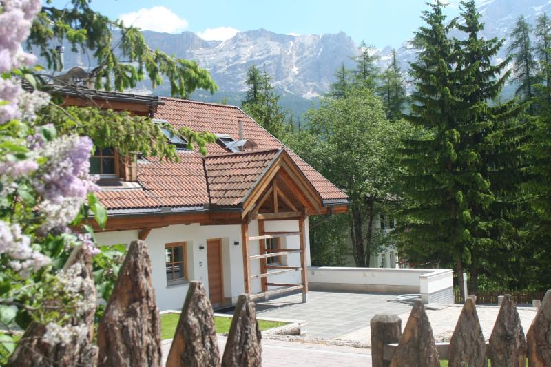 Stunning family friendly property with big views, accommodates up to 10 guests, holiday rental in Province of South Tyrol