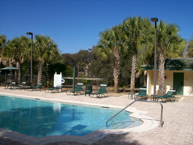 2ª piscina justo detrás de nuestro condominio