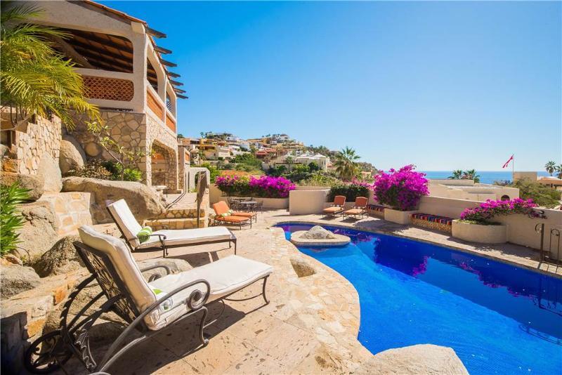 Spectacular Ocean Views, 5 BR at Hacienda Edith, alquiler vacacional en Cabo San Lucas