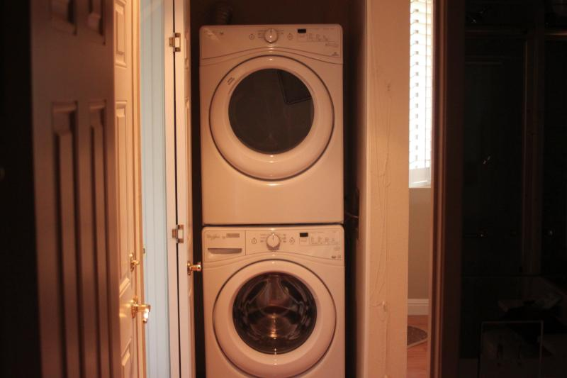 Convenient brand new laundry pair -- super quiet!