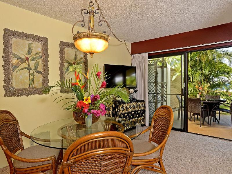 Dine indoors or al Fresco, both with gorgeous ocean-view, new furniture and tropical surroundings