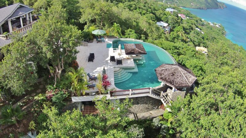 A birds eye view of the Infinity Pool