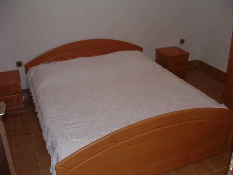 A2 (2): chambre