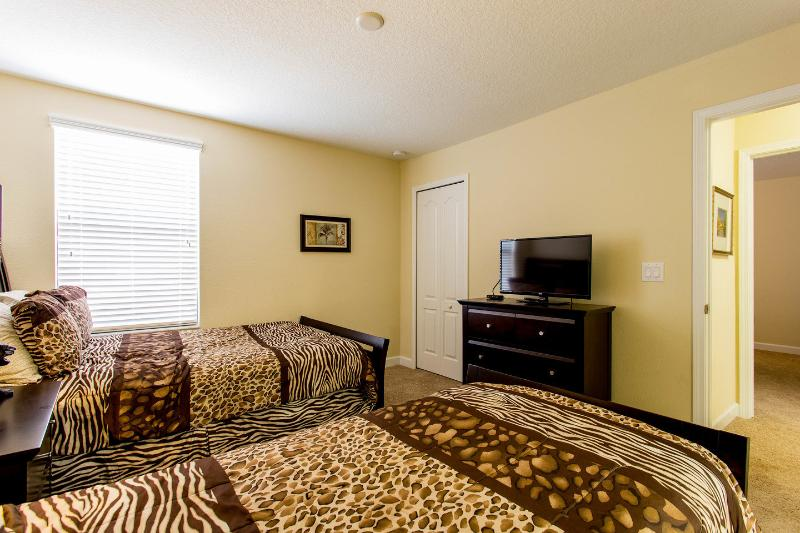 The Ensuite Twin Bedroom