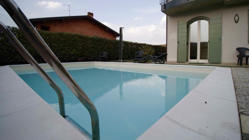 Villa Salò, vacation rental in Prevalle