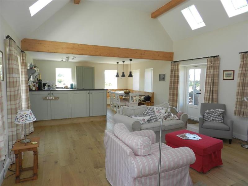 Open plan living/kitchen.