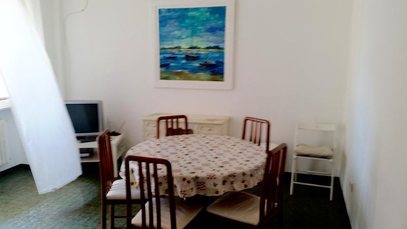 Grande appartamento molto comodo fino a 10/12 post – semesterbostad i Santa Teresa di Spoltore