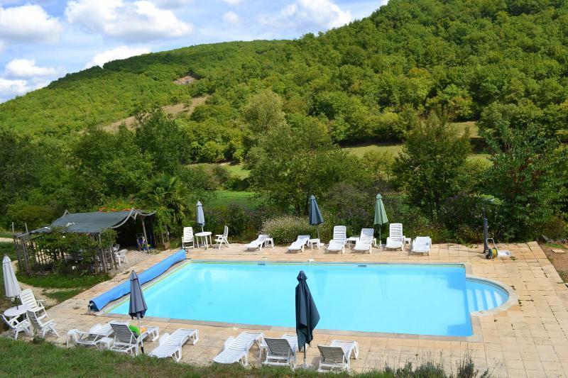 Le Manoir - Gîte Duras 4p - swimming pool, vacation rental in Lanzac