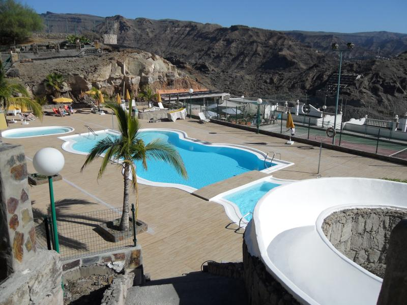 top pool with water slide