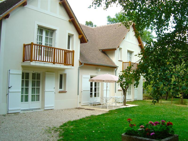 Maison de la Mare : 7 chambres avec 7 salles de bain + cuisine + living