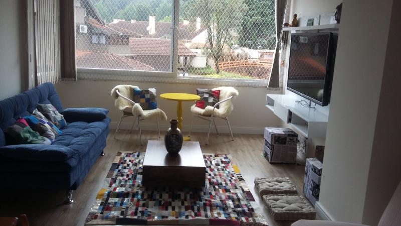 Lindo apartamento bem no centro de Gramado, location de vacances à Nova Hartz