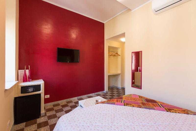Camera con bagno privato a Roma