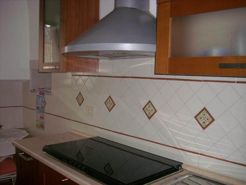 Casa Teresina! Intero appartamento con vista mare!, aluguéis de temporada em Atrani