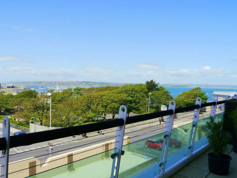 Bay View Apartment, vacation rental in Isle of Portland