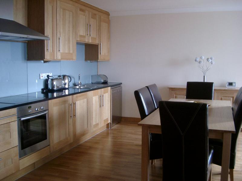 Kitchen/dining from hall