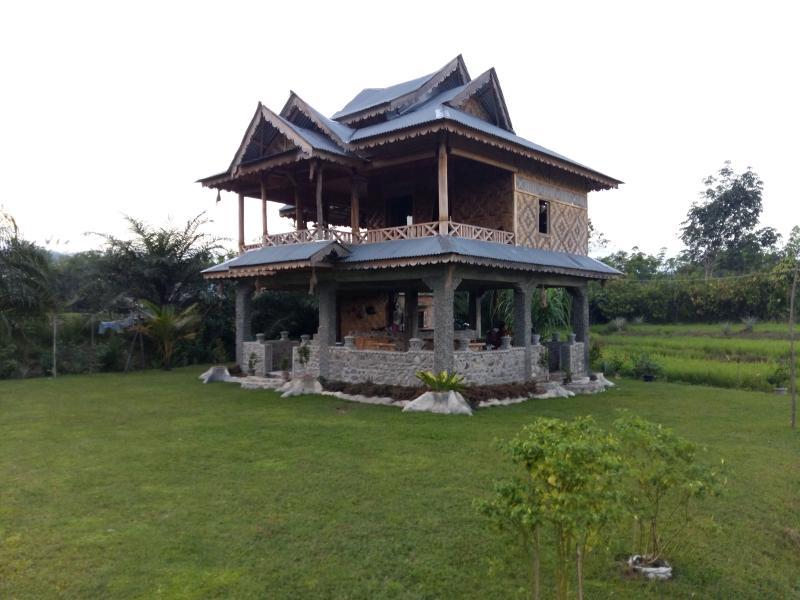 RiceField Villa Bukit Lawang, holiday rental in Sumatra