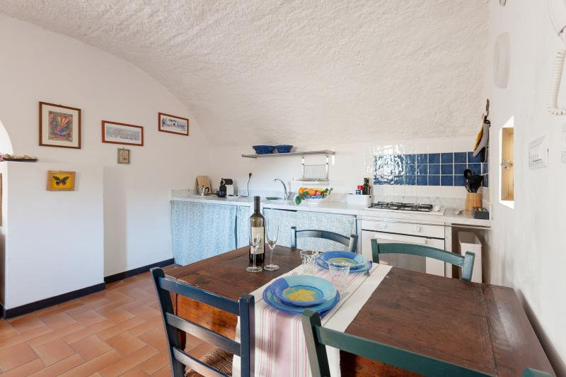 Characteristic vaulted ceilings, full kitchen and coffee machine Nespresso - Characteristic vaul