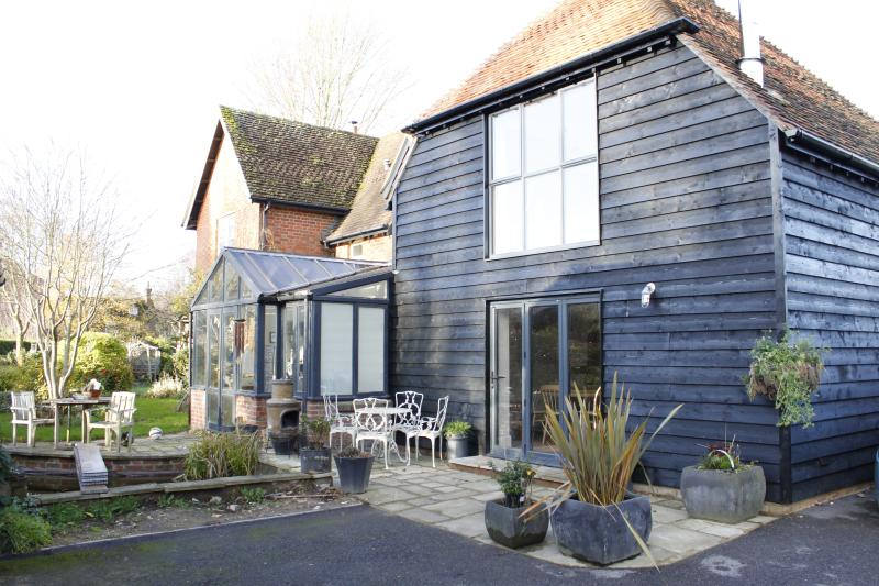The Granary Annex at Worthy Barn, holiday rental in Andover