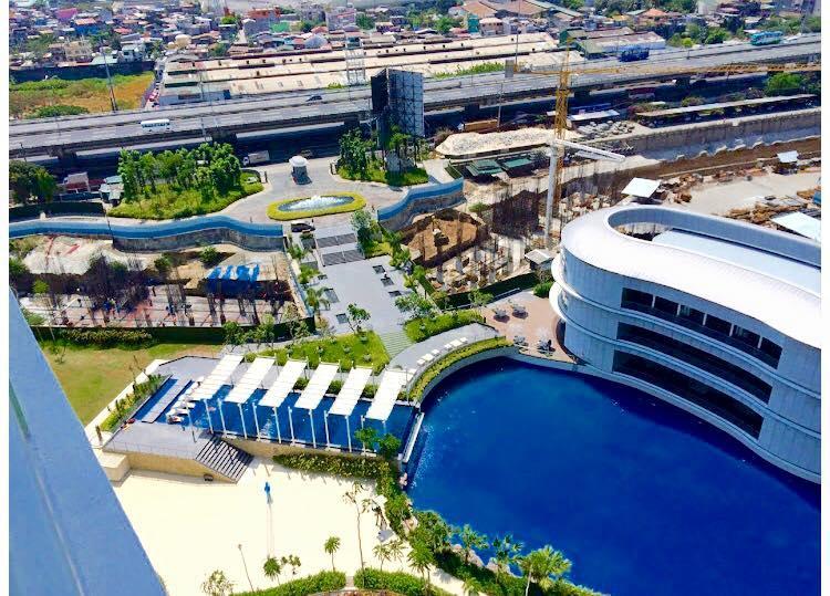 Azure Urban Beach Resort 1BR Condo with parking, holiday rental in Paranaque