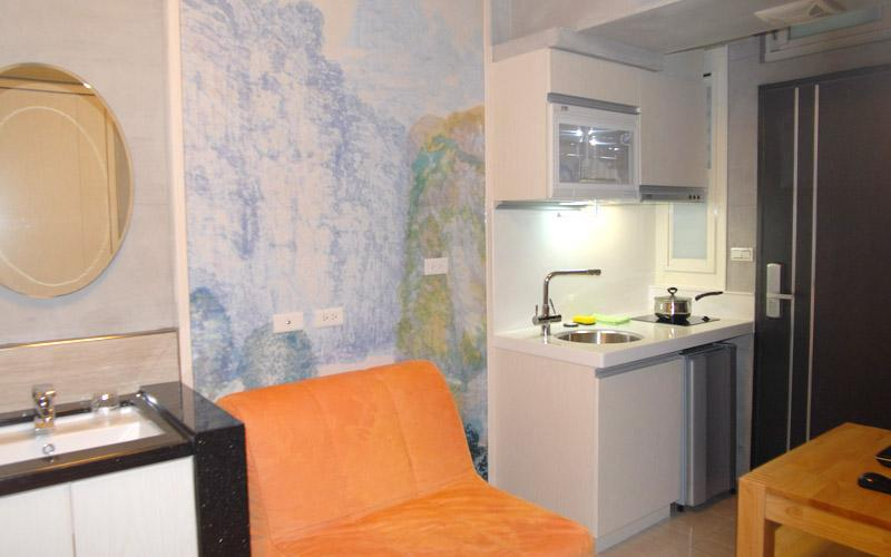 內湖路一段387巷1房1廳1廚房B房 Neihu MRT Type B Apt, holiday rental in Beitou