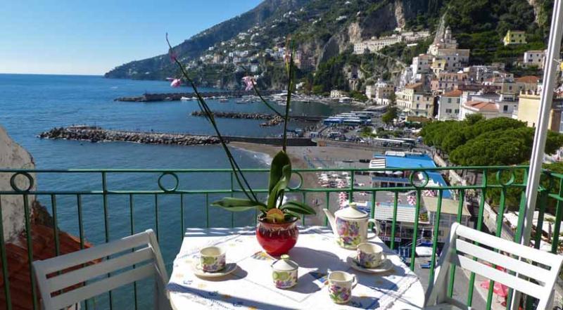 01 Casa Marina balcony with sea view