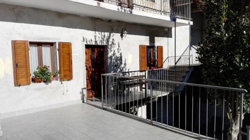 ALLOGGI VACANZE IL BORGO DI MONICA, vacation rental in Province of Verbano-Cusio-Ossola