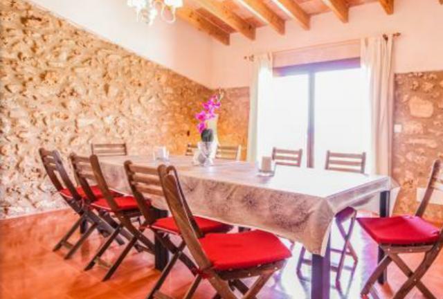 Encantadora finca para disfrutar en familia-amigos, holiday rental in Campos