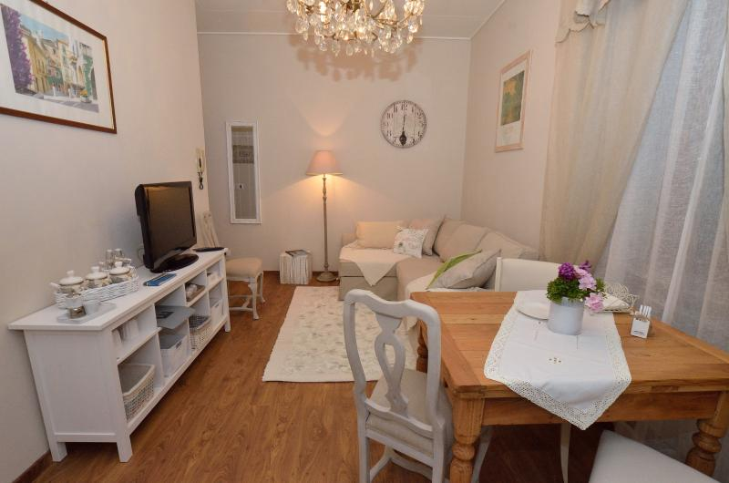Piero Guest House Appartamento a piano terra, holiday rental in Montecatini Terme
