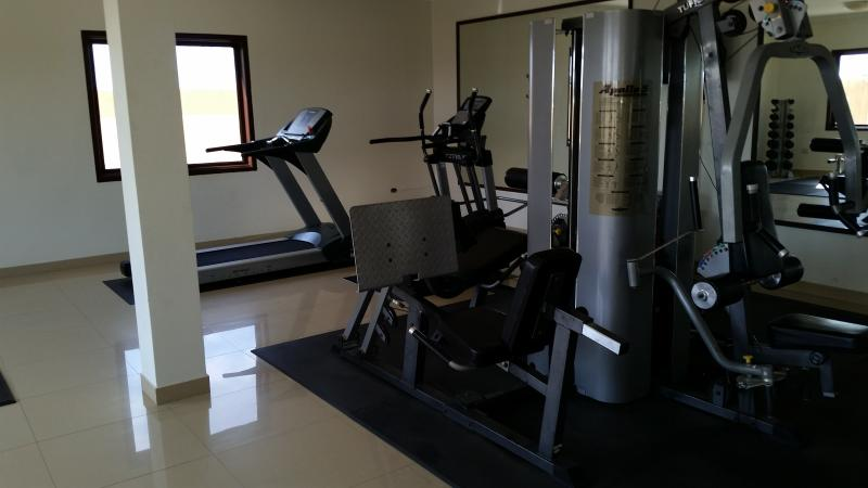 Excellent state-of-the-art exercise facilities right on the premises